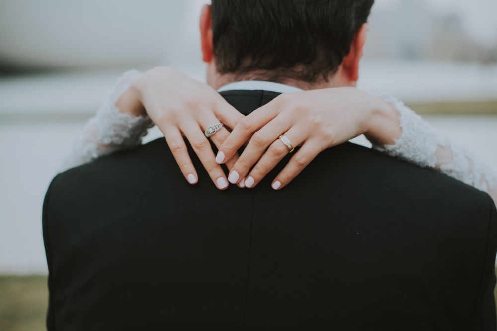 7 Halo Engagement Ring Designers You Need to Know