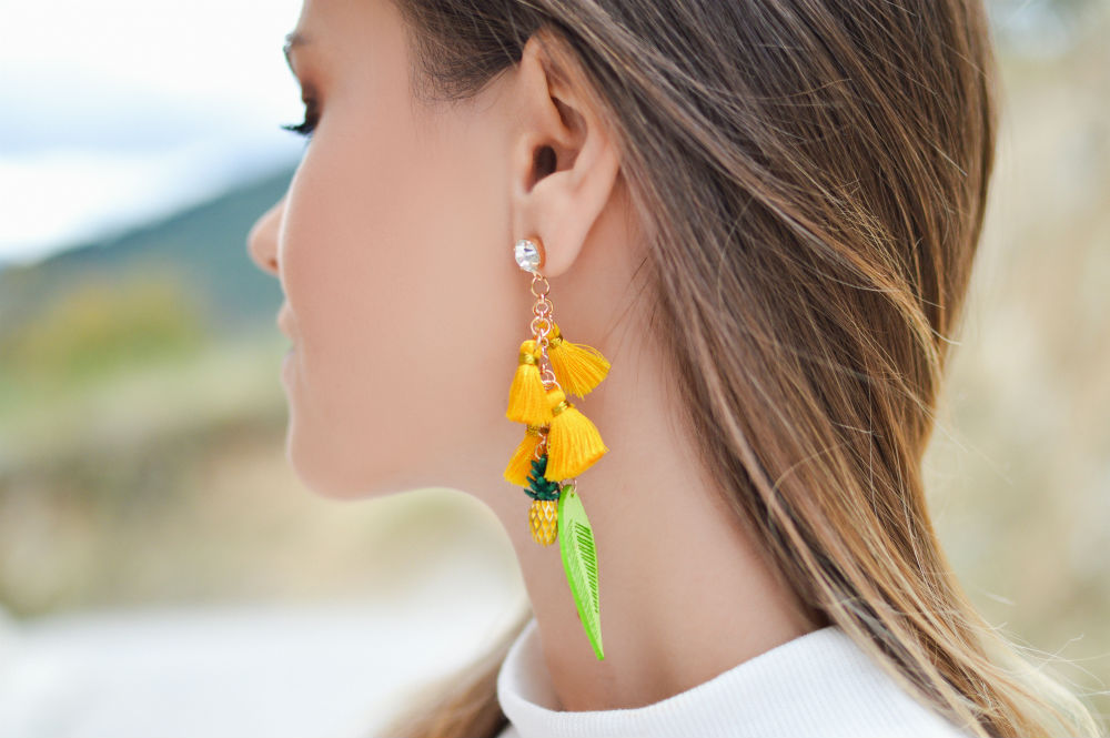 Mismatched Earrings: Switch it Up with This Matchless Jewelry Trend