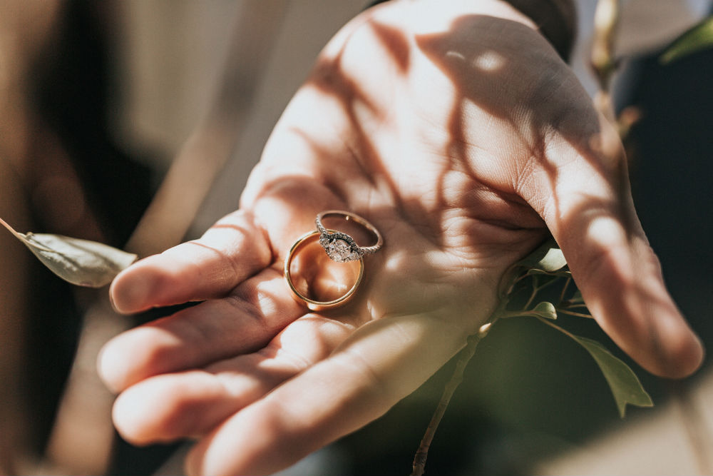 How to Choose the Perfect Wedding Band to Match Your Engagement Ring