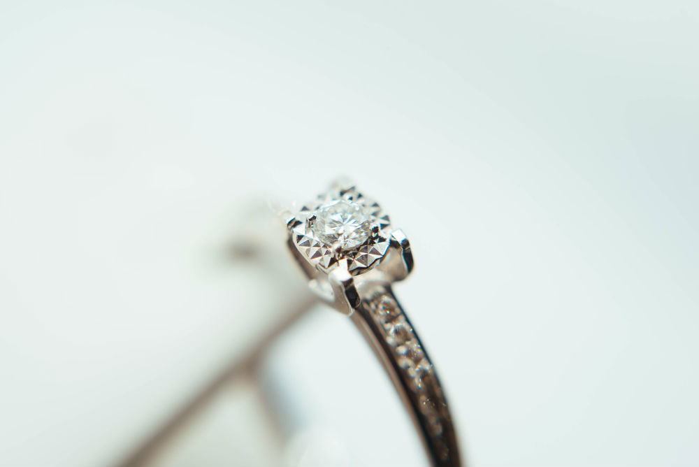 The Beginner's Guide to Diamond Certification